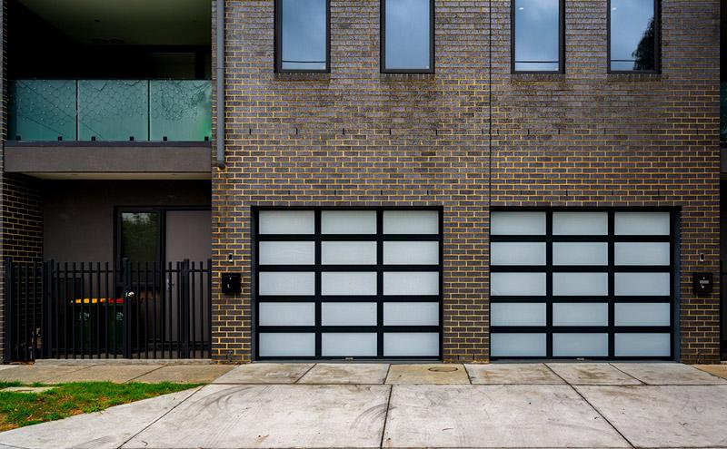 Custom Garage Door, Alumalite