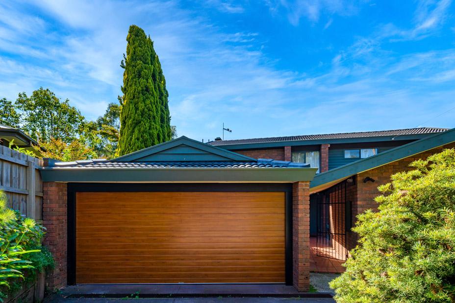 Insulated Garage door. Ribline, Portabella premium timber finish (Golden Oak)